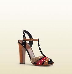 sandalias de plataforma y tacón alto con correa y tachuelas jacquelyne from GUCCI.  695€