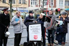 Topfsammlung der Heilsarmee Berlin-Südwest im Dezember 2017 Kettles, Berlin, December, Army, First Aid