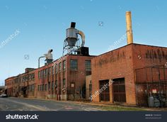 stock-photo-old-brick-factory-on-a-gloomy-day-15640432.jpg (1500×1097)