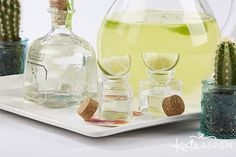 Fill square glass favor jars with your tequila of choice and top each jar with lime slices for a simple presentation. Wedding Favours Bridesmaids, Best Wedding Favors, You And Tequila, Favour Jars, Kate Aspen, Got Party, Tequila Shots, Bridal Shower Favors, Fill