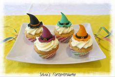 Silvia's Tortenträume: Mandel-Cupcakes mit Zitronen-Creme Zitronen-Topping lecker Hexenhut Tutorial Anleitung Hexenhut Rezept