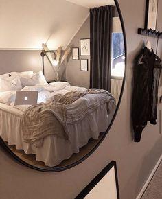 Room Design Bedroom, Small Room Bedroom, Room Ideas Bedroom, Home Decor Bedroom, Small Rooms, Girls Bedroom, Interior Livingroom, Cozy Room, Aesthetic Bedroom
