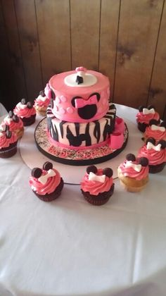 Minnie Mouse baby shower cake/cupcakes (my aunts)
