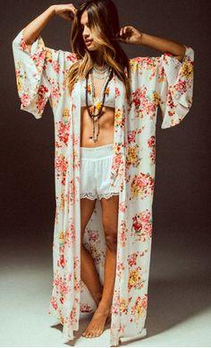 West Coast Wardrobe Field of Flowers Kimono - Trendslove