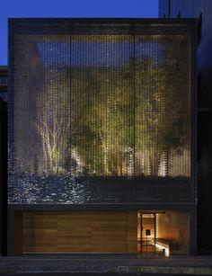 El jardín introvertido, Casa de vidrio óptico_Hiroshi Nakamura