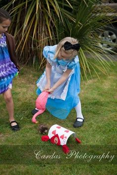 Alice in Wonderland tea party | CatchMyParty.com