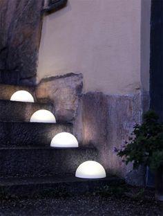mit einer gartenbeleuchtung mit lampions und laternen lassen sich. Black Bedroom Furniture Sets. Home Design Ideas