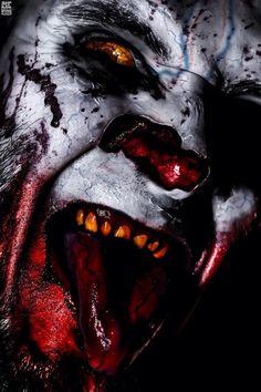 Who doesn't love creepy clown,s ? Joker Clown, Creepy Clown, Creepy Art, Creepy Carnival, Insane Clown, Creepy Horror, Horror Art, Horror Movies, Horror Pics