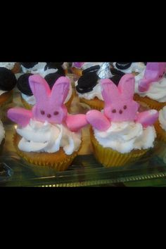 repined by kid chef - Delainey's Diner -Peeps Cupcakes!
