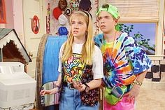 9 'Clarissa Explains It All' Style Cues To Take From The Show's Title Character Now That The '90s Are Back