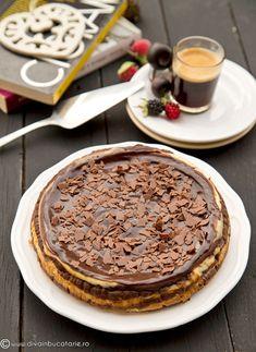 CHEESECAKE ZEBRA CU CIOCOLATA   Diva in bucatarie Chocolate Chips, Ricotta, Tiramisu, Smoothie, Diva, Cheesecake, Ethnic Recipes, Food, Cheesecakes