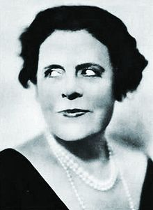Marie Dressler (November 9, 1868 – July 28, 1934) was a Canadian-American stage and screen actress and Depression-era film star. She won the Academy Award for Best Actress in 1930-31 for Min and Bill. she was one of the most respected actresses during that era,