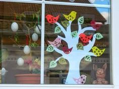 Induge in the beauty of Spring season with Easter Window decorations. Do window decorations for your home. Check out DIY Easter Window decorations here. Easter Crafts To Make, Bunny Crafts, Diy Ostern, Easter Season, Happy Flowers, Diy Easter Decorations, Easter Activities, Egg Decorating, Spring Crafts