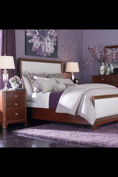 Bedroom Design, Excellent And Beautiful Flower Patterned Purple Wall Mural Small Bedroom Design Inspiration With Purple Rug Exquisite Small Bedroom Design Ideas: Adorable Small Bedroom Interior Design Ideas Purple Bedroom Design, Purple Bedrooms, Small Bedroom Designs, Bedroom Colors, Small Bedrooms, Master Bedrooms, Lavender Bedrooms, Lavender Walls, Lavender Paint