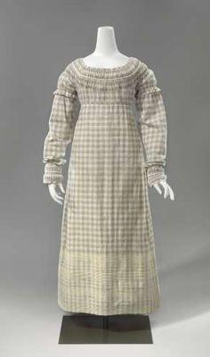 Dress   New Zealand   1811-1815   cotton   Rijks Museum   Object #: BK-1983-44
