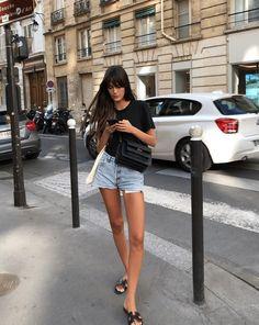 French Girl Chic: Leia Sfez. Parisian Style Fashion, Look Fashion, Girl Fashion, Fashion Outfits, French Chic Fashion, French Street Fashion, French Street Styles, Parisian Street Style, Casual Outfits