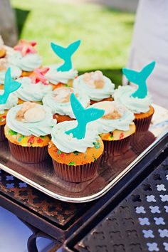 End of Summer Vintage Beach Party with Lots of Cute Ideas via Kara's Party Ideas KarasPartyIdeas.com #Beach #Party #Ideas #Supplies (8)