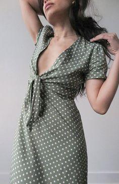 feminine romantic style / vintage inspired dress / Primavera Dress