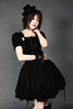 =^_^= ~Nya Lolita Fashion, Gothic Fashion, Asian Fashion, Steampunk, Gothic Outfits, Visual Kei, Gothic Lolita, Goth Girls, Girl Photography