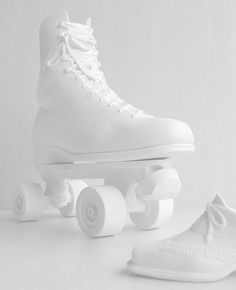 White shoes in front of a white background, all so aesthetic and relaxing. White Now, All White, Pure White, White Light, Snow White, Aesthetic Colors, White Aesthetic, White Picture, Picture Wall