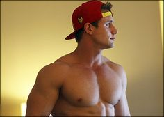 Justin Busiere | Muscle & Fitness