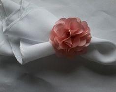 Porta Guardanapo com flor de cetim