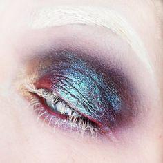 @sienazhang, white mascara, white lashes, shimmery blue eye makeup, pink and blue smoky eye, white eyebrows,