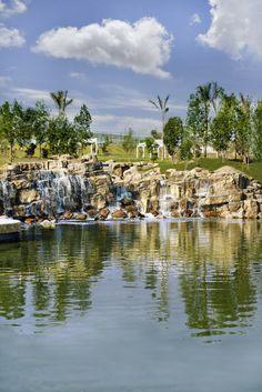 Espectaculares cascadas y lagos, sólo en Lomas de Angelópolis Puebla.