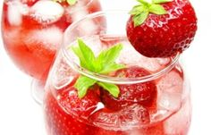 Best Strawberry Wine Cooler Recipe on Pinterest