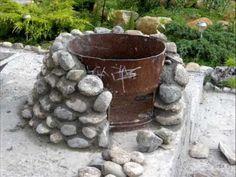 Как построить круглый уличный очаг из стальной бочки и дикого камня