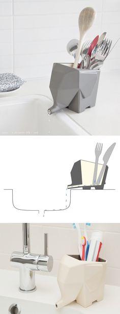 Accessoire décoratif pour la cuisine ou la salle de bain vraiment pratique : léléphant porte ustensile ou porte brosse à dent laisse échapper leau directement dans le lavabo. Joli en plus.