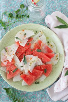 Watermelon Salad with Radish. Watermelons in great variety are one of the most refreshing of fruits. Serve them well chilled in combination with other fruits. Watermelon Radish, Radish Salad, Summer Fruit, Summer Salads, Spring Salad, Urban Eats, Sprout Recipes, Best Fruits, Perfect Food