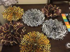 Animal print rosettes