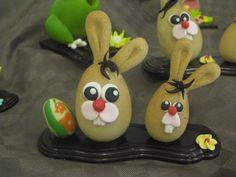 ovette di cioccolato a forma di coniglietto Pasqua Omar Busi