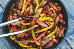 The Kitchenista Diaries: #WeeknightKitchenista: Skillet Sausage & Peppers (and a Beginner's Cooking Lesson!)