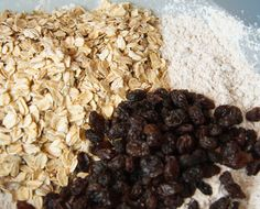 My friend Maren read this post of mine, and, as a fellow non-breakfast-breakfaster, she sent me this recipe of Martha's. I instantly fell in love with the healthiness of it, plus it has raisins, bananas, carrots and oatmeal. Yum! I am a sucker for all of the above.