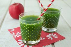 Green Apple Juice + Getting Back to Health in 2014 on Weelicious Juice Smoothie, Smoothie Drinks, Healthy Smoothies, Healthy Drinks, Smoothie Recipes, Kale Juice, Eating Healthy, Vitamix Recipes, Toddler Snacks