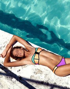 Bandeau Neoprene bikini in Contrast Neon Purple, Orange + Mint Structured bandeau top Flexible boning + functional zip Back clasp fastening Hipster bikini b