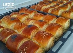 Kat Kat Rulo Poğaça Hot Dog Buns, Hot Dogs, Turkish Recipes, Donuts, Yummy Food, Cookies, Drinks, Check, Instagram