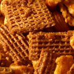 nut-free cinnamon-apple chex mix....school snack