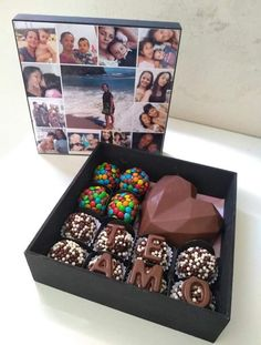 Chocolate Candy Recipes, Chocolate Pack, Chocolate Bomb, Chocolate Hearts, Chocolate Molds, How To Make Chocolate, Cake For Boyfriend, Doctor Cake, Party Food Buffet
