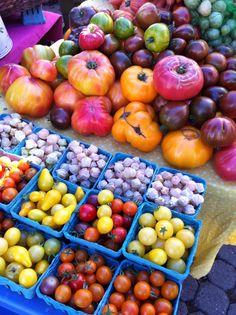 farmer's market tomatos. YUM
