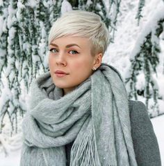 60 Most Popular and Impressive Women Short Hairstyles Ideas 2019 - - Short Hairstyles - Hairstyles 2019 Pixie Hairstyles, Short Hairstyles For Women, Pixie Haircut, Cool Hairstyles, Hairstyles Pictures, Black Hairstyles, Wedding Hairstyles, Pelo Natural, Short Blonde