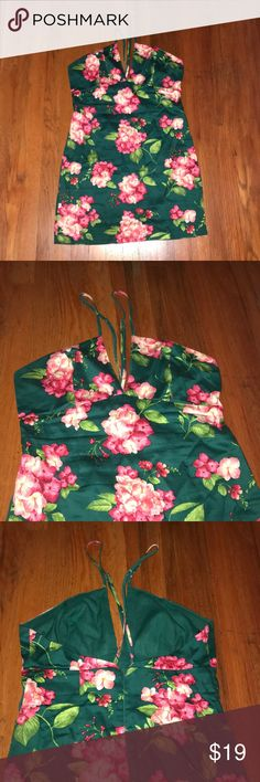 Floral Dress 🌺 Used one time for a themed party. Perfect condition! Open to offers 😊 Forever 21 Dresses