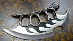 Fantasy Master Skull Knuckle Knife - BonjourLife