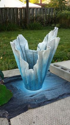Flower Pot Made From Old Towel And Quick Dry Cement Garden Projects Crafts