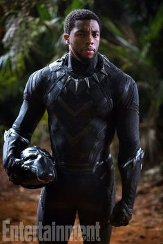 "Marvel debuted several new photos for its upcoming film ""Black Panther,"" starring Chadwick Boseman and Michael B. Marvel Comics, Marvel Films, Marvel Characters, Marvel Heroes, Marvel Cinematic, Marvel Avengers, Avengers Movies, Black Panther Marvel, Black Panther 2018"