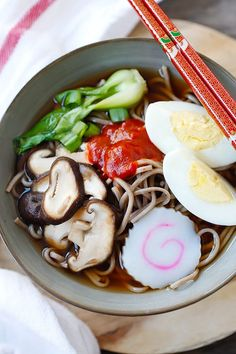Spicy Sriracha Soba Noodle Soup - the easiest and most delicious soba noodles ever, with spicy Sriracha added to the broth and takes only 15 minutes   rasamalaysia.com