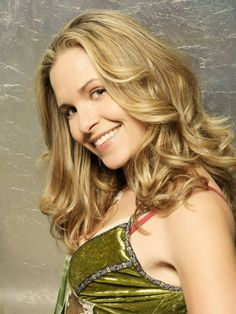 Army Wives - Sally Pressman - Roxy LeBlanc--Love her! On the show, she is from Tuscaloosa, AL!