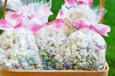 An easy recipe for Bunny Bait (mix of popcorn, melted vanilla candies and Easter M-and-M's). This is the sort of recipe that any child can help with, so get in the kitchen and have fun! *pinned by wonderbaby.org